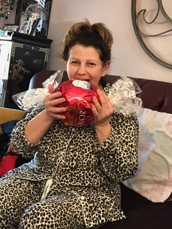 Mom + giant Lindor chocolate ball = adorable!